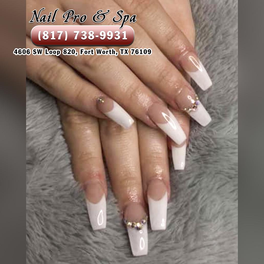 Nails Salon 92054